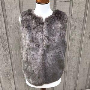Madewell Wearmaster Gray Faux Fur Vest
